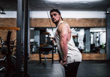 selfies en el gimnasio narcisista gym