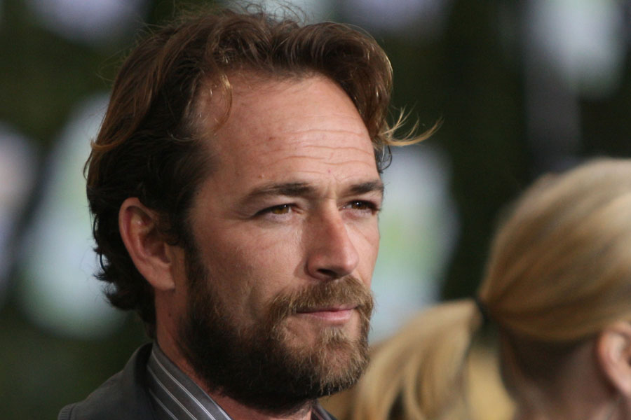Luke Perry sufre un accidente cerebrovascular