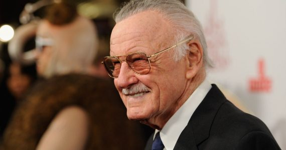 Arrestan al exmanager de Stan Lee por abuso de ancianos