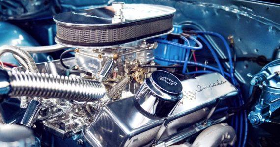 es necesario lavar motor - unsplash