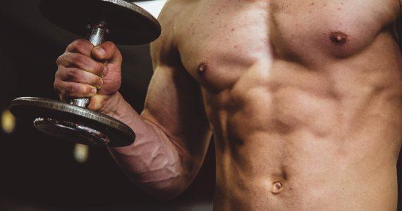 liposuccion en hombres foto alora griffiths unsplash
