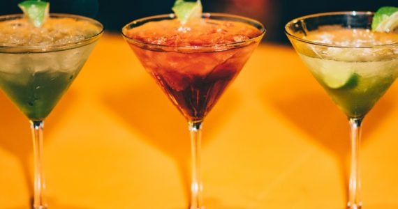 variaciones del coctel margarita - unsplash