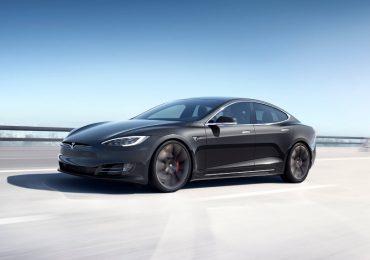 Hackean piloto automático Tesla Foto Tesla