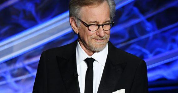 Steven Spielberg avergonzado Mikaela Foto Getty Images