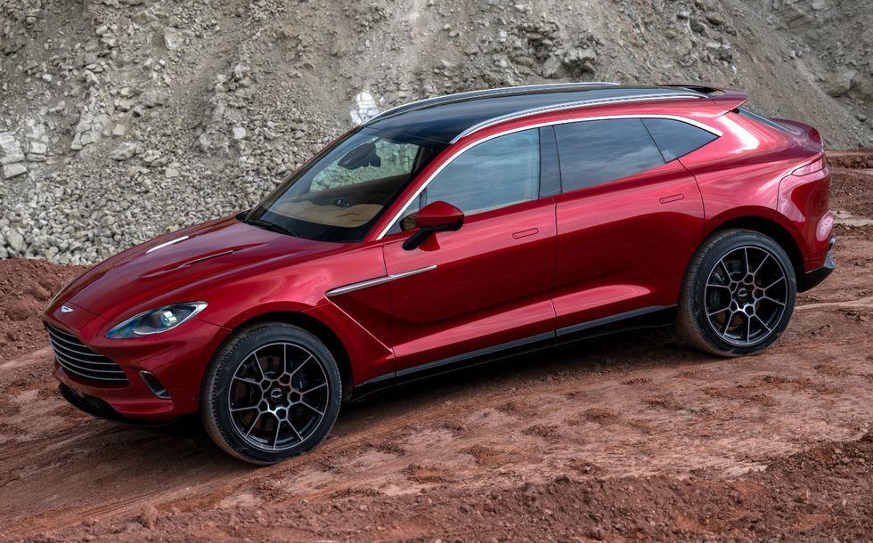 2020-aston-martin-dbx-reveal Foto Aston Martin