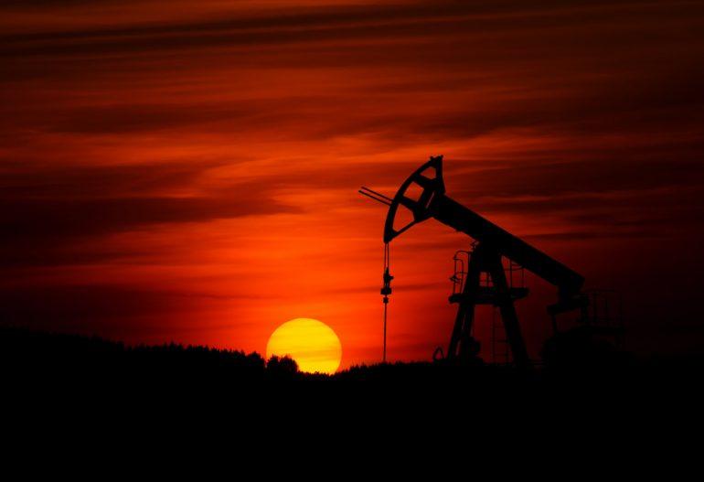 crack petróleo zbynek-burival-unsplash