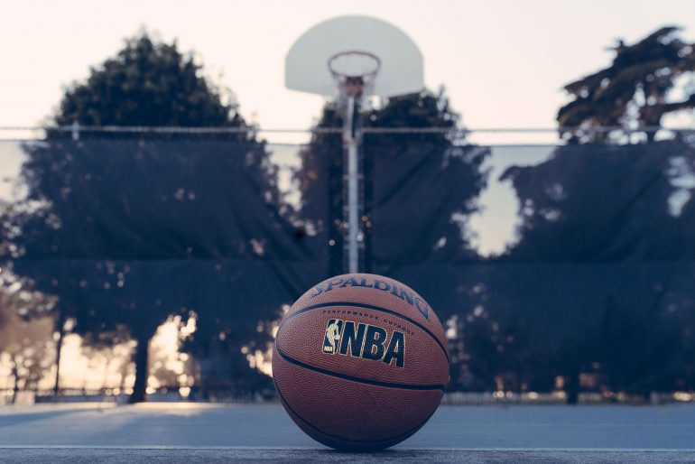 NBA-entrenar-8-de-mayo-Foto-edgar-chaparro-kB5DnieBLtM-unsplash