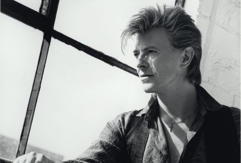 Changesnowbowie PHOTOGRAPHY BY HERB RITTS © THE DAVID BOWIE ARCHIVE®-1