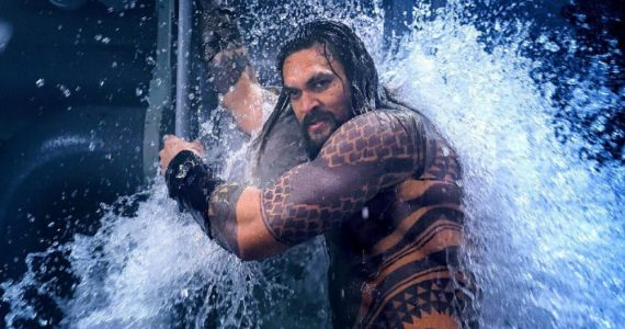 aquaman gay Jason Momoa Foto WB