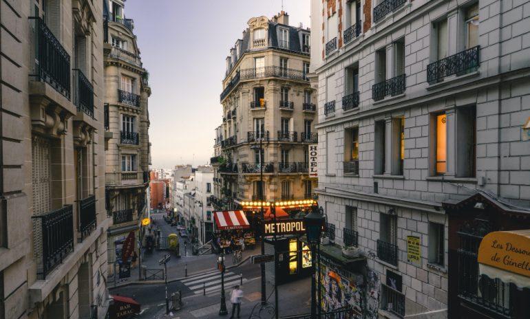 cuarentena-hotel-París-foto-john-towner-unsplash