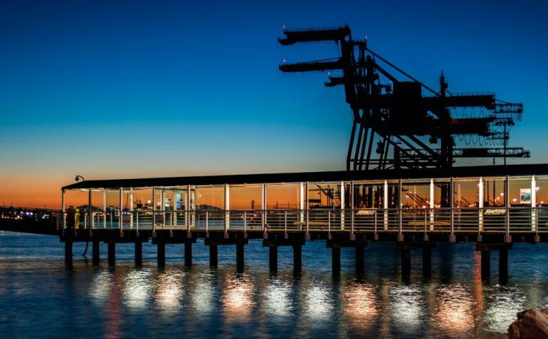 industria-petrolera-crisis-foto-charlie-hang-unsplash
