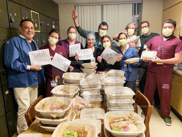 spielber dona comida doctores Foto TMZ