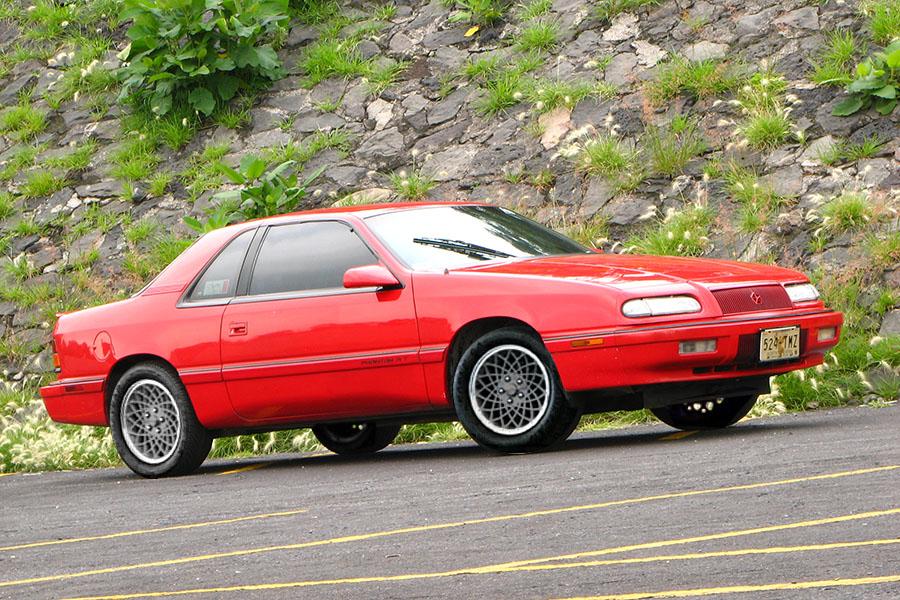 Lebaron-1990-foto-Chrysler