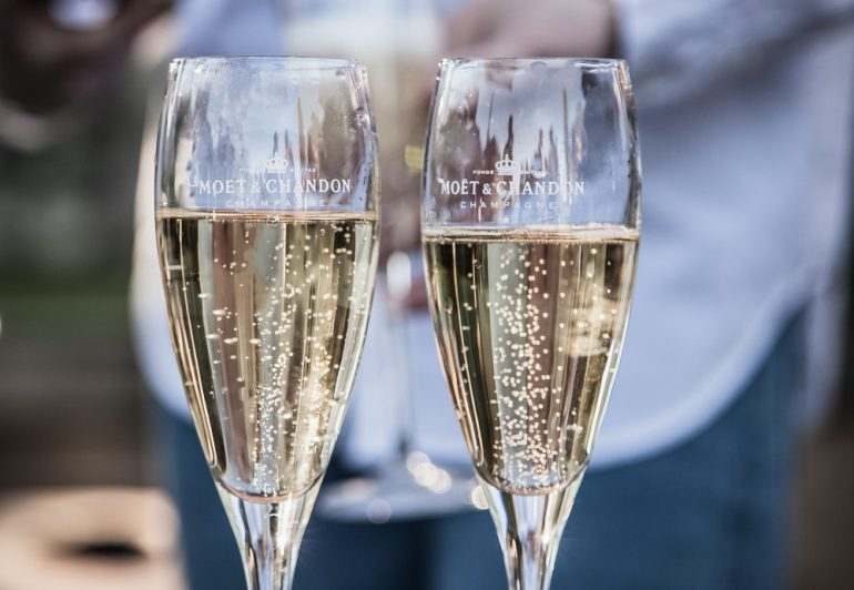 Moët-&-Chandon-celebra-foto-deleece-cook-unsplash