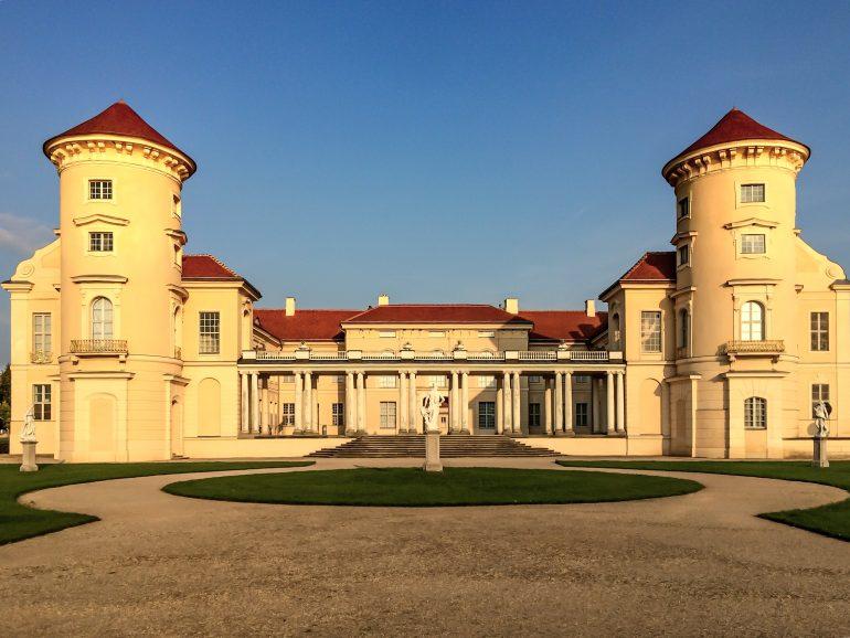 pasan-cuarentena-en-castillo-embrujado-foto-wikipedia