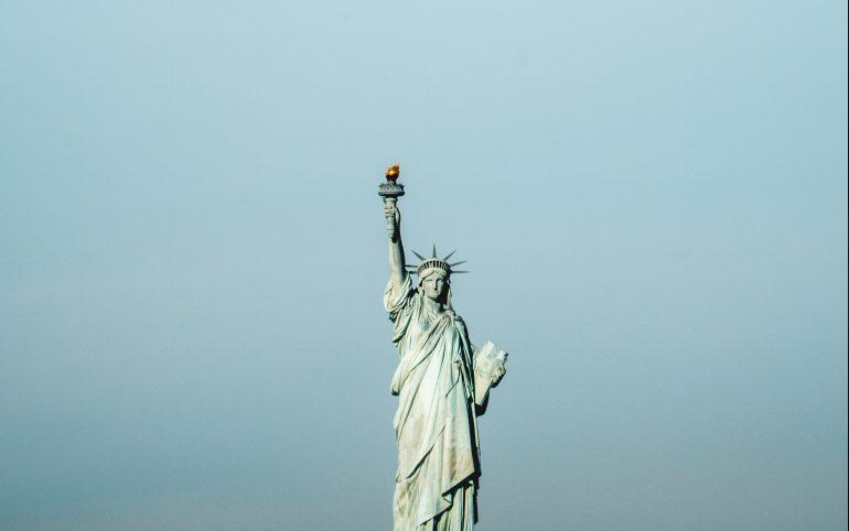 Nueva-York-da-un-paso-hacia-la-apertura-después-del-coronavirus-dan-calderwood-unsplash