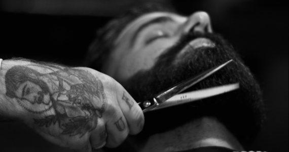 barba-y-bigote-nueva-normalidad-foto-nathon-oski-unsplash
