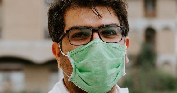 sin-agua-coronavirus-ashkan-forouzani-unsplash