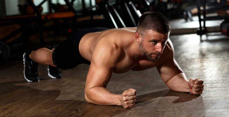 plancha con antebrazos, ejercicios para abdomen, isométricos