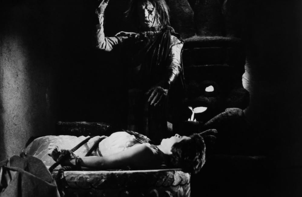 la momia azteca película de terror mexicana