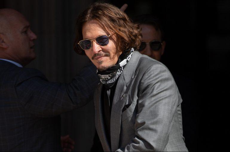Johnny Depp the joker fan art