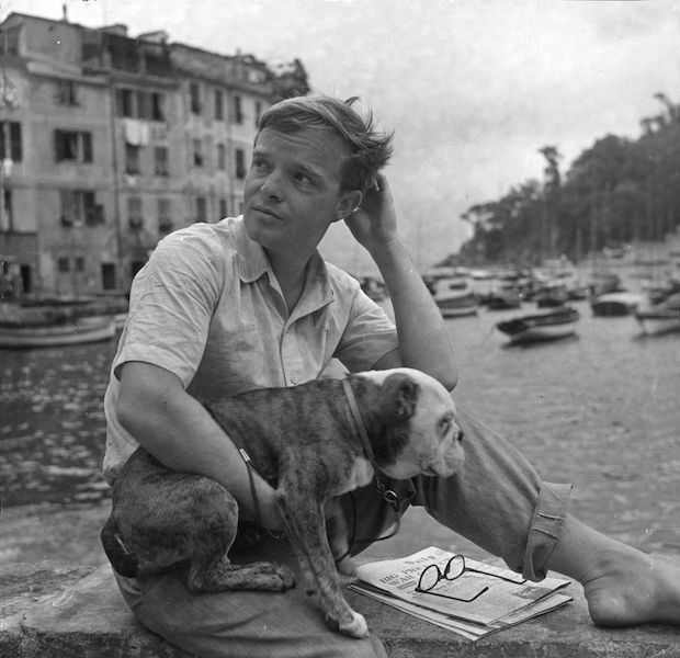 Truman Capote y perro
