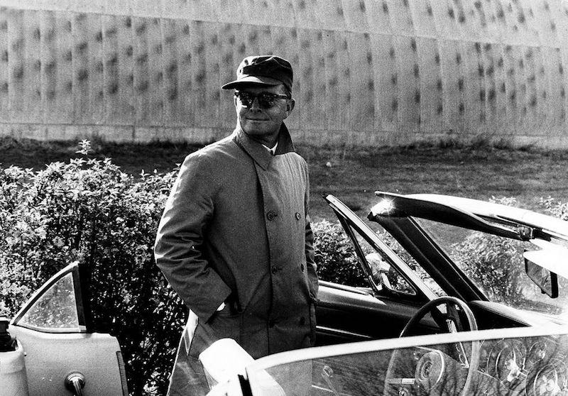Truman Capote en auto