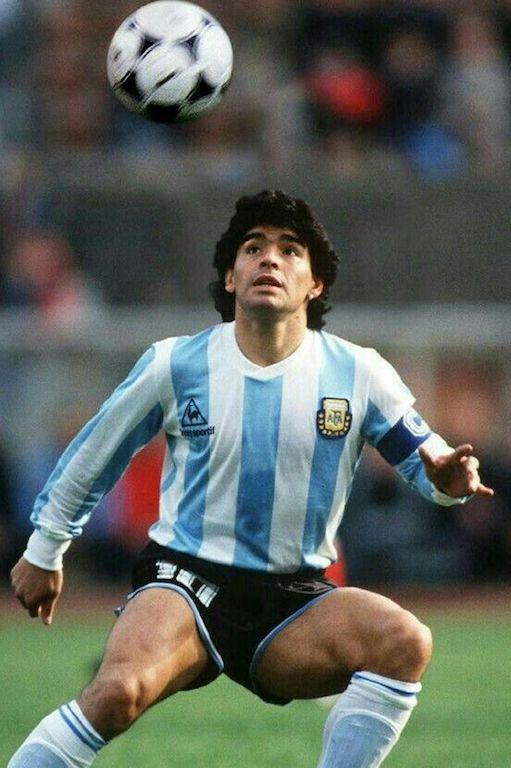 Por qué Maradona es el mejor de la Historia balón