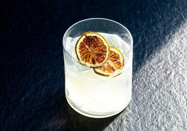 Cómo preparar un rum sour