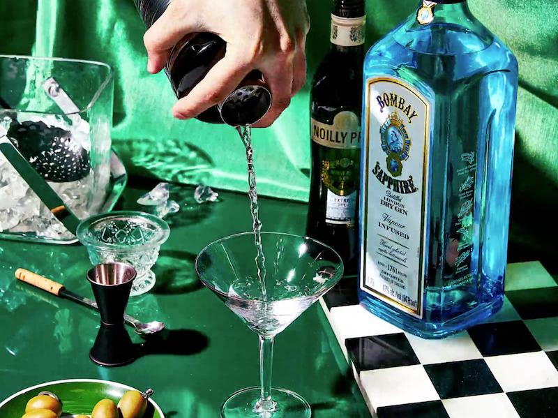 Cómo preparar un martini con ginebra stirred