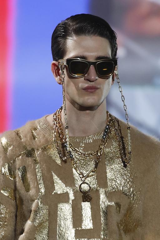 Dolce and Gabbana Otoño Invierno 2021 Dorado
