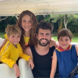 Gerard Piqué, Shakira y sus hijos