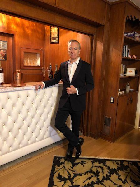 Golden Globes 2021 hombres mejor vestidos bOB odenkirk