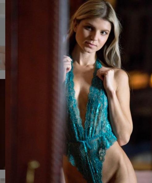 Gina Gerson lencería verde actrices porno