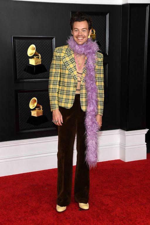 Harry Styles en los Grammy 2021 Gucci