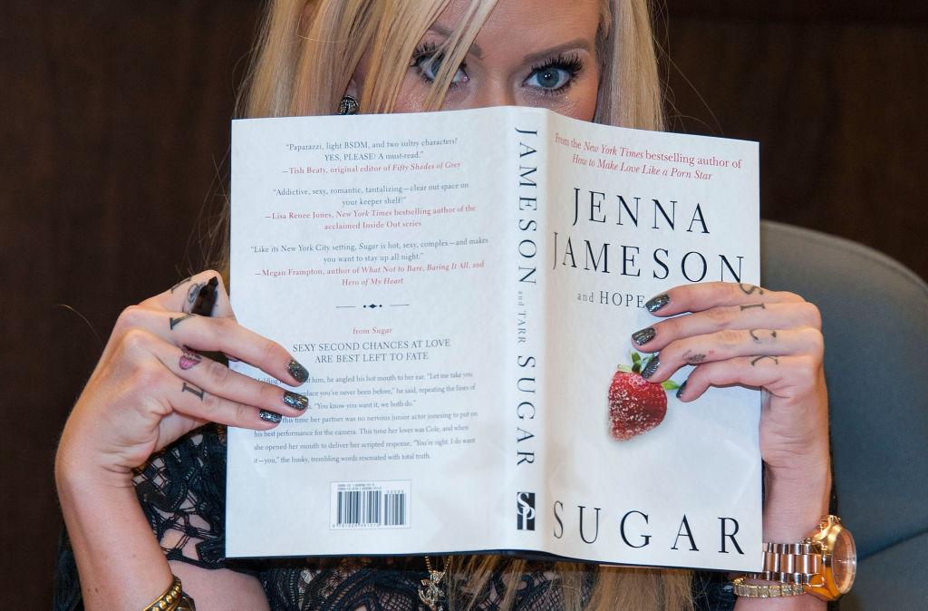 Jenna Jameson firmando libros