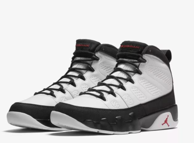 Tenis Jordan blancos con negro