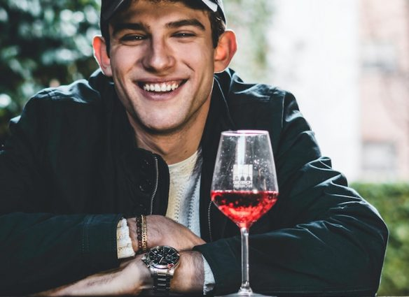 Cómo elegir un vino para regalar a papá