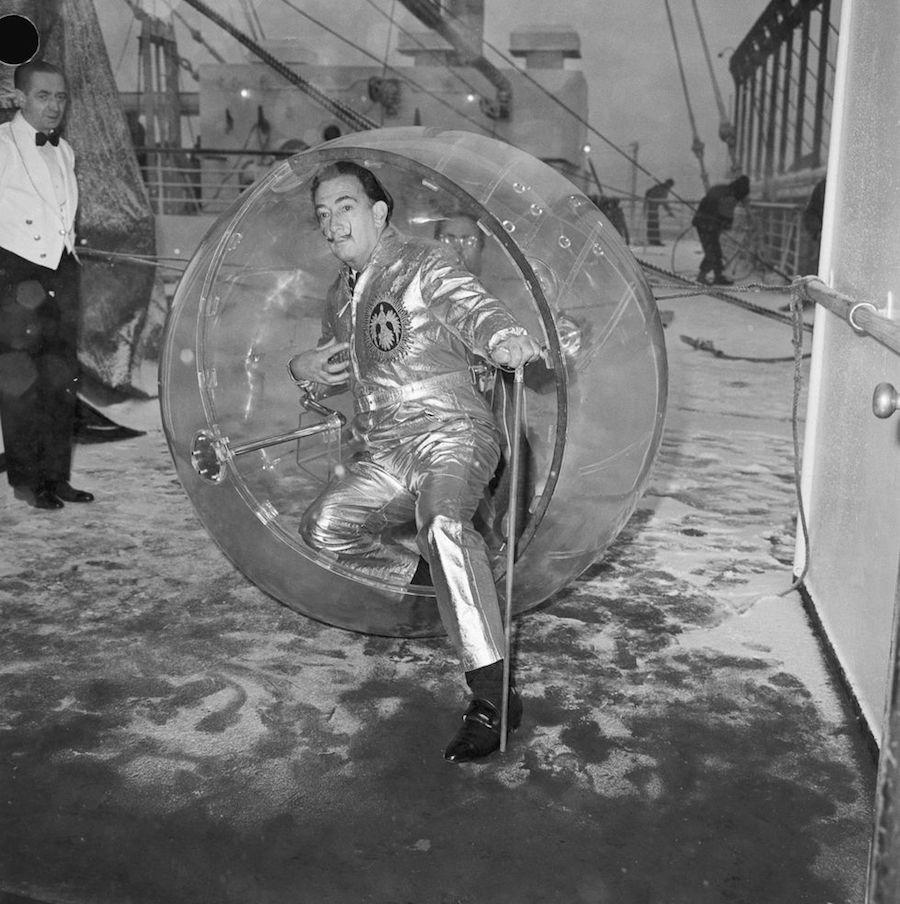 Salvador Dalí Fotos burbuja