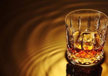 Formas de preparar whisky pura malta