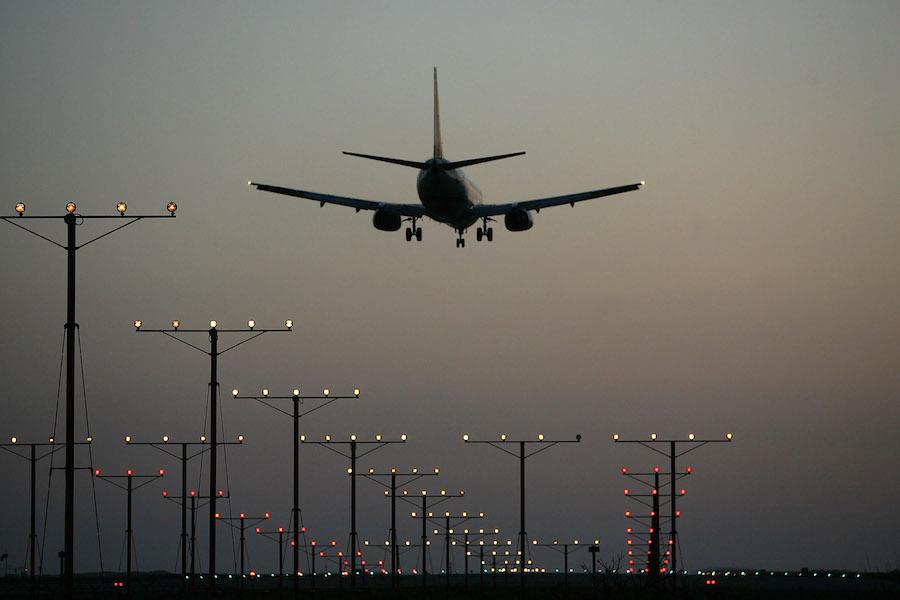 Mexicanos pasaporte covid Europa aeropuerto