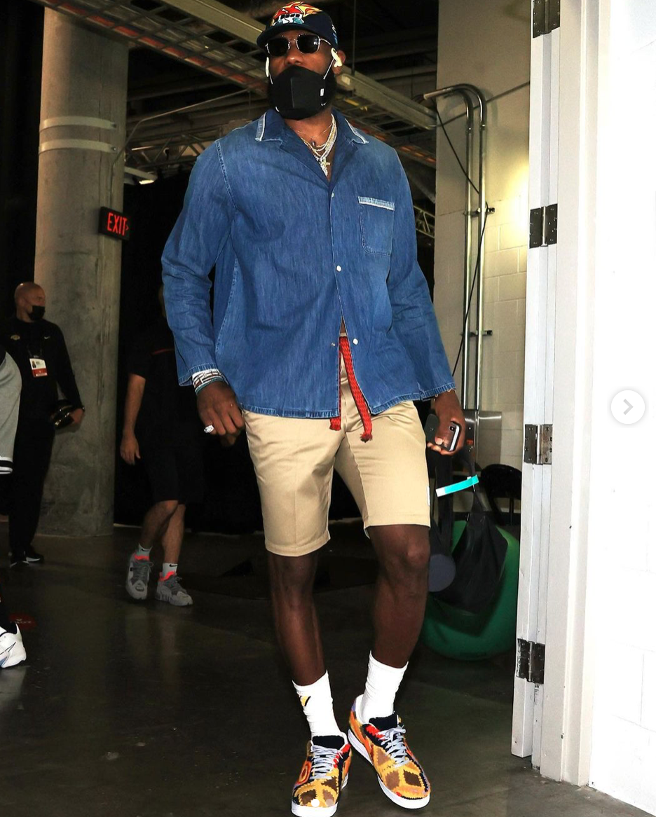 LeBron James es el atleta más atacado en redes sociales