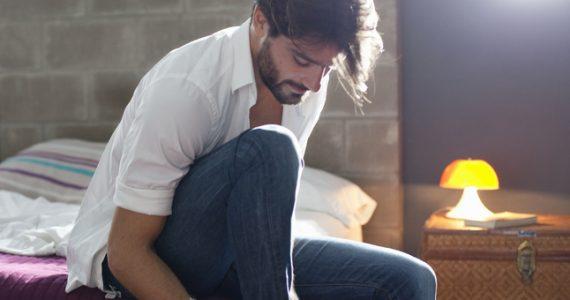 cosas que un hombre necesita jeans